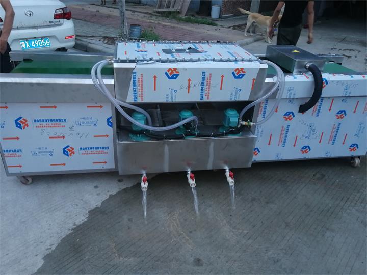 三缸平面常规清洗机