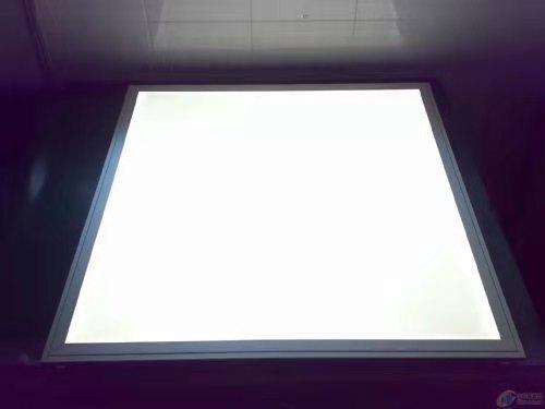 高韌性光擴散板